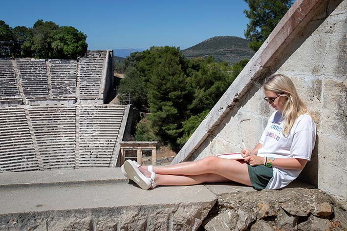 Student studying in Amphitheatre